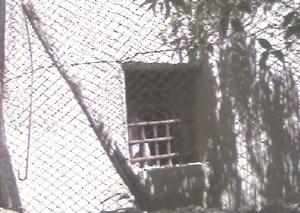 finestra caserma