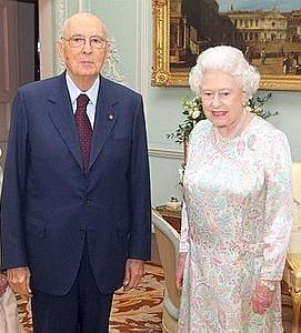 Re giorgio 7 volte pi caro della regina elisabetta for Quanto costa la corona della regina elisabetta