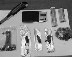 La droga e l´occorrente per preparare le dosi sequestrati allo studente ventenne di Bompensiere