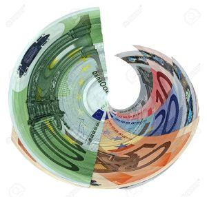 13748361-diversi-colori-soldi-tornado-risparmio-banconote-in-euro-isolato-su-sfondo-bianco-successo-nel-mondo-Archivio-Fotografico