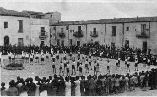 1940-esercizi-ginnici