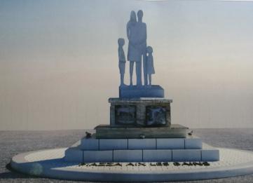 statua gemellaggio prog.