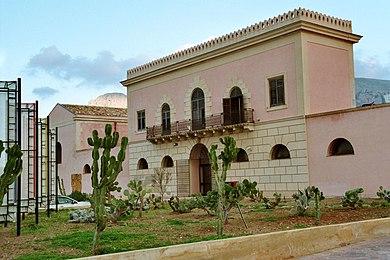 Terrasini-Palazzo-d'Aumale-bjs2007-01